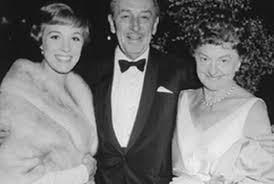 Julie Andrews (who starred as Mary Poppins), the real Walt Disney, and P.L. Travers at the film's premiere